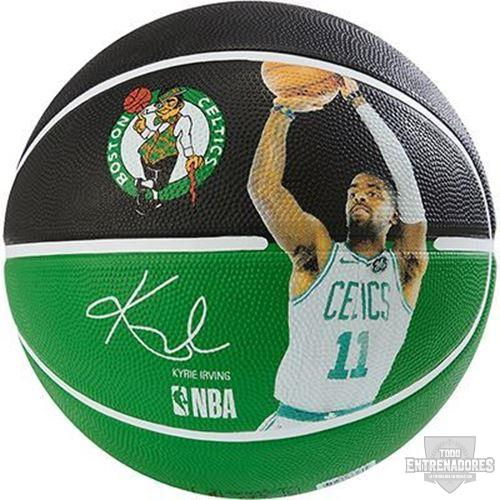 Foto de NBA PLAYER BALL KYRIE IRVING
